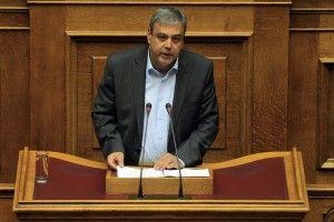 Ο υφυπουργός Εσωτερικών Χριστόφορος Βερναρδάκης  μιλάει κατά τη διάρκεια της συζήτησης επί των Προγραμματικών Δηλώσεων της Κυβερνήσεως στη Βουλή, Τετάρτη 7 Οκτωβρίου 2015. Συνεχίζεται και σήμερα η ανάγνωση των προγραμματικών δηλώσεων της κυβέρνησης, με τοποθετήσεις υπουργών και βουλευτών, μετά τη προχθεσινή  εναρκτήρια ομιλία του πρωθυπουργού Αλέξη Τσίπρα. Η διαδικασία ολοκληρώνεται τα μεσάνυχτα, οπότε η κυβέρνηση λαμβάνει ψήφο εμπιστοσύνης με φανερή ονομαστική ψηφοφορία. ΑΠΕ-ΜΠΕ/ΑΠΕ-ΜΠΕ/ΟΡΕΣΤΗΣ ΠΑΝΑΓΙΩΤΟΥ