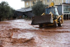 Floods on the Athens Corinth National Highway on 15 November 2017. / Πλημμύρες στην Εθνικό Οδό Αθηνών Κορίνθου, 15 Νοεμβρίου 2017.